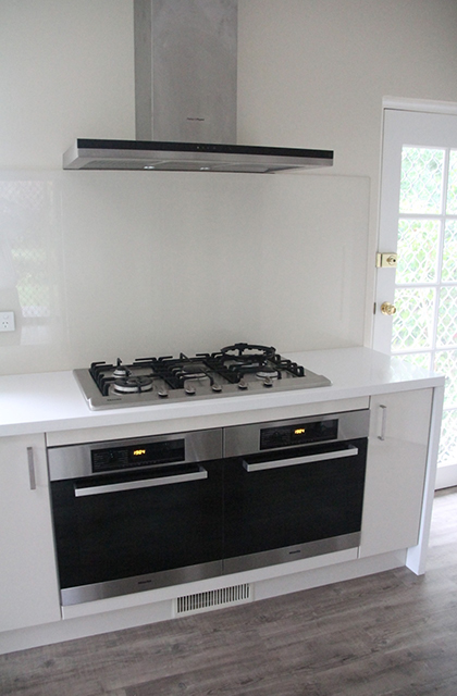 Garran – Kitchen 5 – Underbench double oven_420