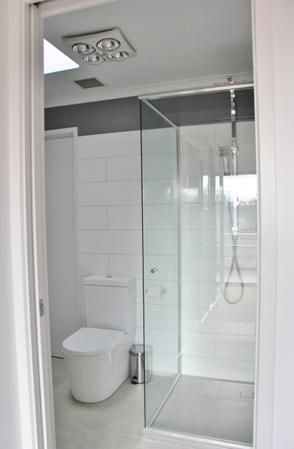 Kingston – Bathroom 3_420x640