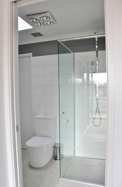 Kingston – Bathroom 3_420x640